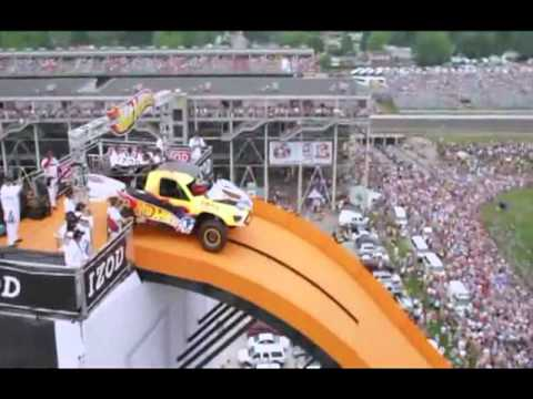 Record mundial de salto con coche