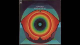 Download Lagu Miles Davis - Miles In The Sky (1968) full album Gratis STAFABAND