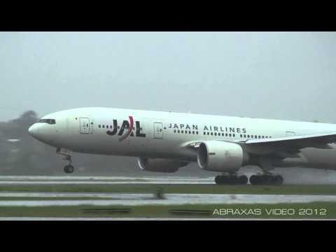 Japan Airlines 777-246/ER [JA705J] - Takeoff from Sydney - 1 February 2012