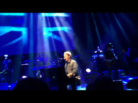 Tom Odell Getting In Tune by The Who O2 Shepherd's Bush Empire, London 11.11.2014