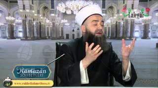 Diyânet Reisi Görmez , Kur-an'daki Örtü Ayetlerini Neden Görmez?