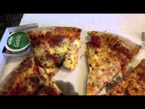 Pizza Hut Papa Johns Pizza Review $10 pizza deal