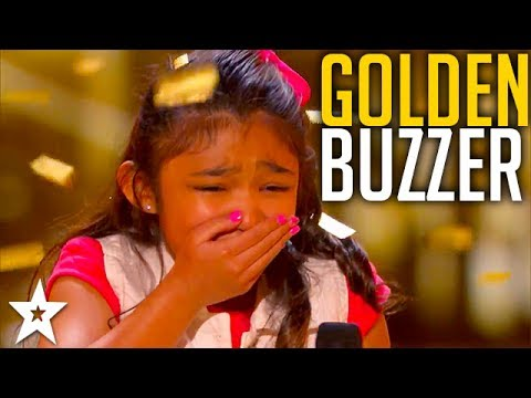 Girl on Fire Angelica Hale Gets the Guest GOLDEN BUZZER!