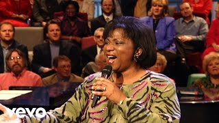 Bill & Gloria Gaither - All Rise [Live] ft. Babbie Mason