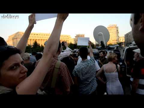 """""""Protestul ghilimelelor"""" la București,3 iulie"""
