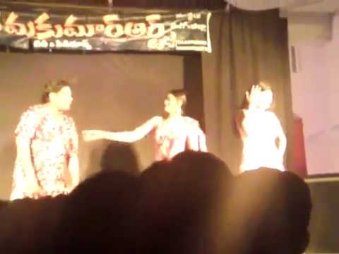 Andhra Vizag Spicy & Hot Girls Village Stage Recording Dance Latest.Part-2