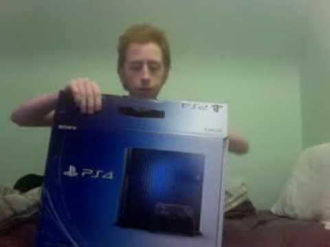 Year 2 Day 295 Greg Versus unboxing PS4