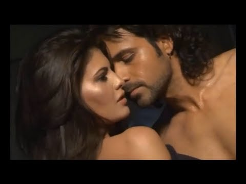 Jacqueline Murder 2 Hot Deleted Scene video