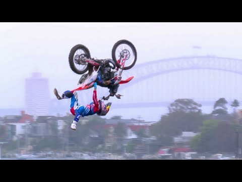 Image video Red Bull X Fighters World Tour 2012 � Sydney