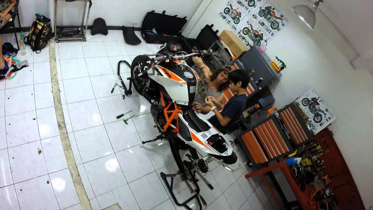 Ktm Duke Bike Stunts Ktm Duke 690 Stunt Bike