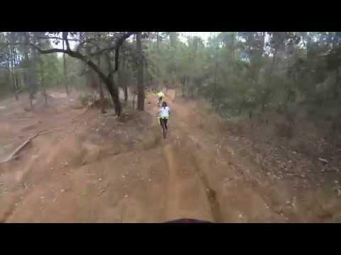 La ponzoñosa valle de bravo bike park Downhill - ARGpinky