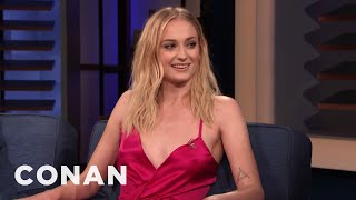 "Sophie Turner & Maisie Williams Locked Lips On The ""Game Of Thrones"" Set - CONAN on TBS"