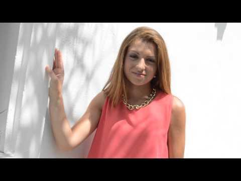 VIDEO PRESENTACION DAMA DE HONOR 2014 LAURA MORENO