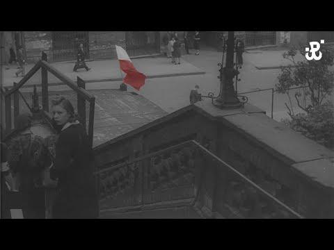 Biało-czerwone Flagi Podczas Powstania Warszawskiego