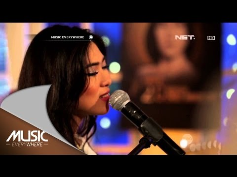 download lagu Isyana Sarasvati - Keep Being You -  Eve gratis