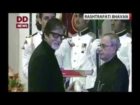Amitabh Bachchan Awarded Padma Vibhushan From President Pranab Mukherjee