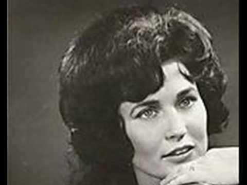 Loretta Lynn - Jimmy On My Mind