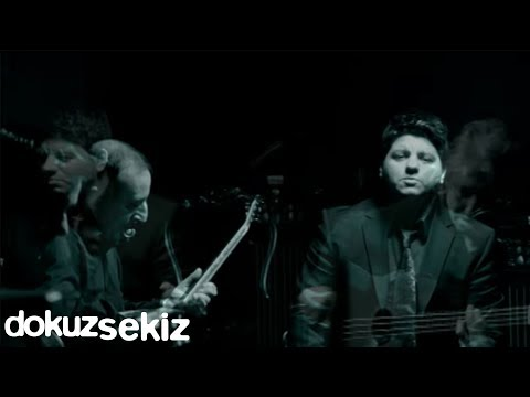 Kubat - Dermanımsın (Official Video) klip izle