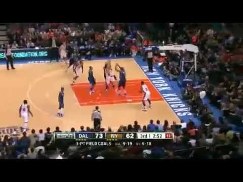 Jeremy Lin drives to the basket, splits the Mavericks' defense and gets the Bucket. Jeremy Lin Drives Against Dallas Mavericks 2.19.12 Another Lin Play Subsc...