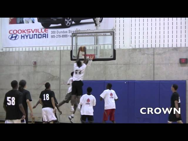 Mikyle McIntosh Dunks On Defender & Jalyn Pennie Hits Step Back