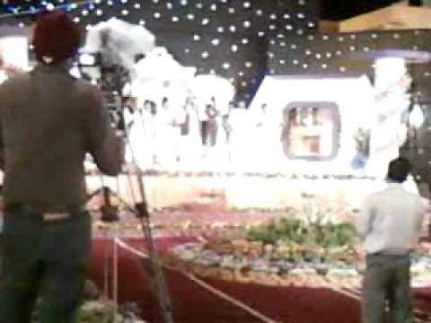 Amjad Sabri Recite Karam Mangta Hoon At Mehfil-e- Zikr-e-mustafa (s.a.w) 2011 Organized By Mqm video