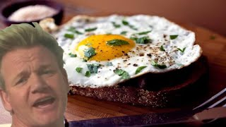 How To Make The Perfect Scrambled Eggs with Gordon Ramsay!