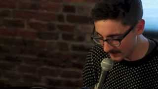 Breezeblocks - Alt-J Live Acoustic 720p LYRICS