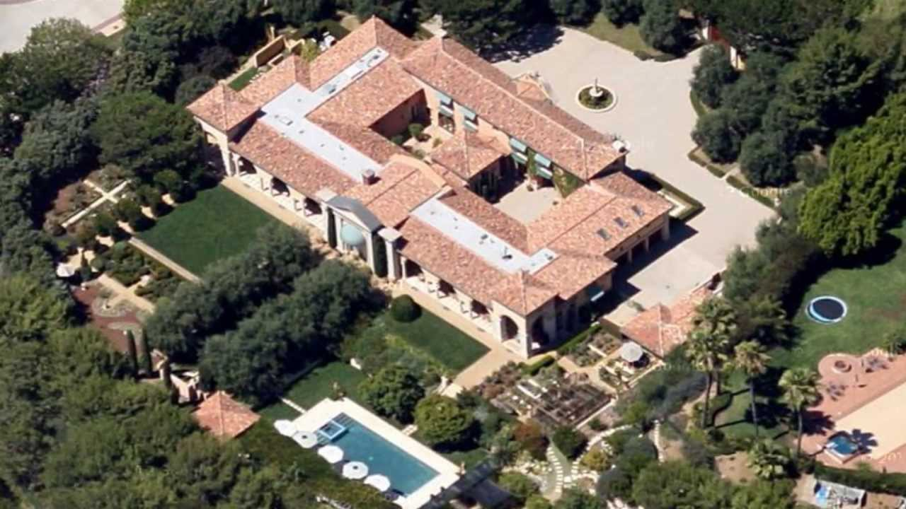 Expensive homes in beverly hills california youtube for Biggest house in california