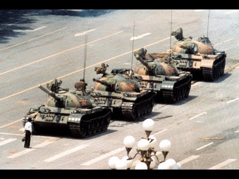 Tank Man: The amazing story behind THAT photo - Newsnight