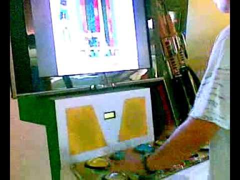 Crazy Gaming Machine Man in MBK Bangkok