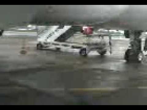conversa com o comandante no aeroporto de congonhas sp
