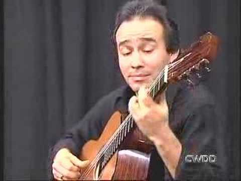 Alfredo Muro plays Deixa by Baden Powell