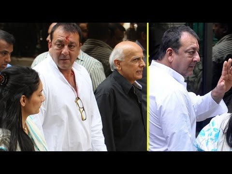 Bollywood Shows Solidarity For Sanjay Dutt