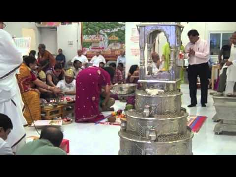Puja In Jain Temple Ny video