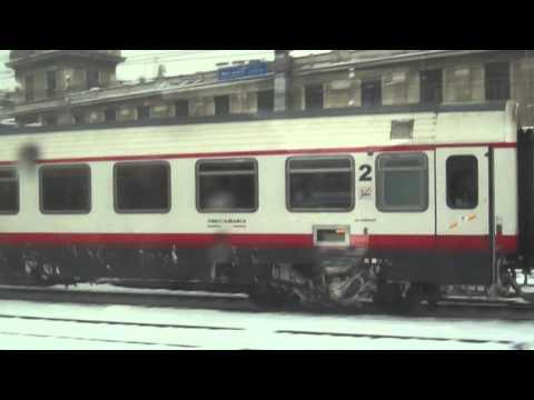 Neve a Milano,uscita dalla stazione centrale direzione Venezia.