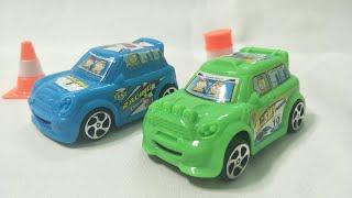 Xe ô tô đua chạy bon bon trên đồ chơi xếp hình  A1567