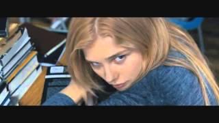 Carrie - Official Trailer (2013) [HD] Chloë Grace Moretz, Ansel Elgort, Julianne Moore