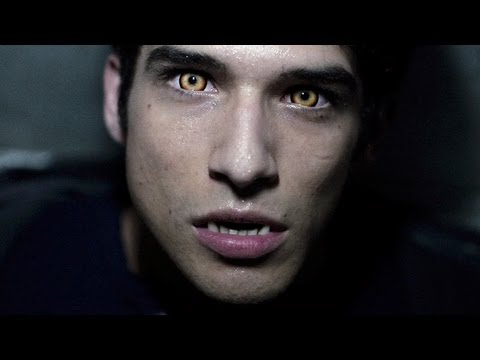 Tyler Posey on a TEEN WOLF vs TWILIGHT Throwdown! - STUDIO SECRETS