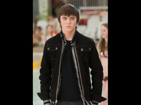 Cameron Bright  Sexy Back