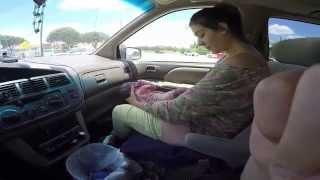 Ajaib seorang ibu melahirkan bayi 4kg di mobil