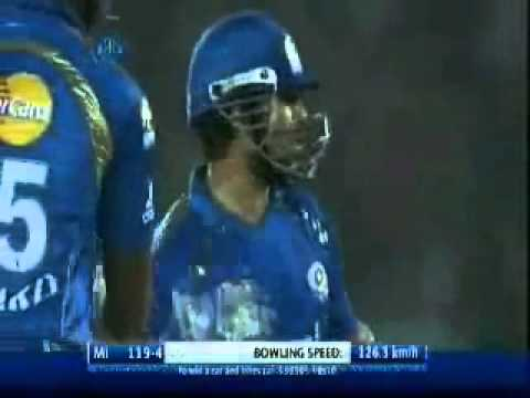 Sachin Tendulkar invents a new shot off Shane Watson