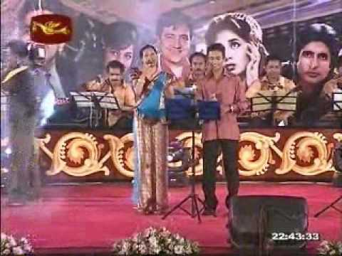 GEETH MADHURI MUSICAL SHOW 2010.......EK PHOOL DO MALI 1969...