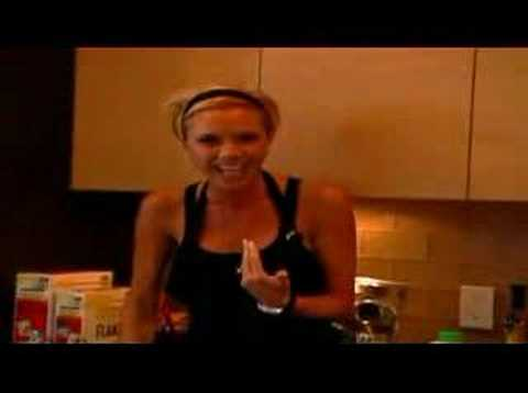 VICTORIA BECKHAM COOKING