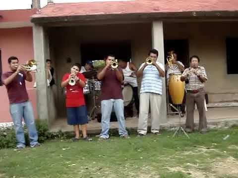 CUANTO ME GUSTA ESTE RANCHO  banda yoyo de tepuxta