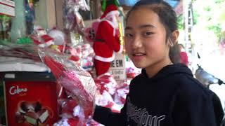 Hồng Anh Và Đại Nghĩa Đi Mua Đồ Trang Trí Giáng Sinh - MN Toys Family Vlogs