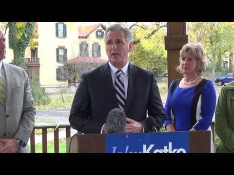 House Majority Leader Kevin McCarthy campaigns for John Katko