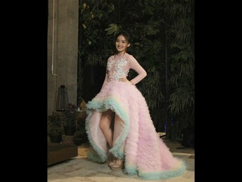 Wow Hebat Natasha Wilona Dipuji Setinggi Langit Gara Gara Memakai Gaun Ini