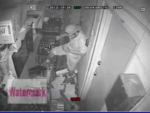 Break-in Robbery Suspect San Antonio Texas 10-26-2013