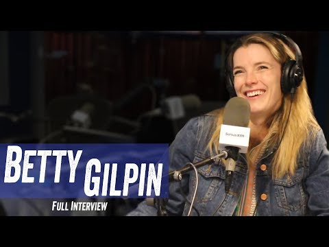Betty Gilpin - Time's Up Movement, 'Glow,' Wrestling - Jim Norton & Sam Roberts