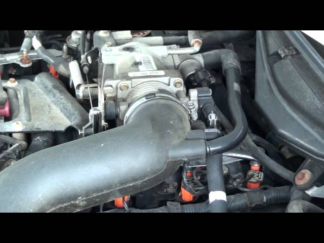 HOW TO CLEAN A THROTTLE BODY !!! D.I.Y. AND SAVE